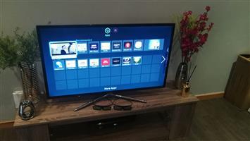 """43"""" Samsung smart 3d tv For sale"""