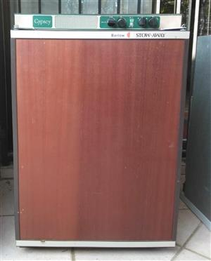 Gas operated fridges - used, Gas deep freezers - new