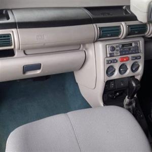 2000 Land Rover