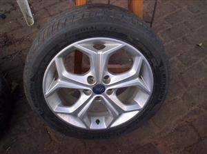 Ford OE 17inch mag with tyre