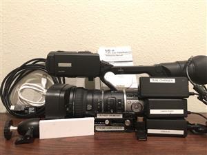JVC GY HM600U Pro HD Camcorder Kit