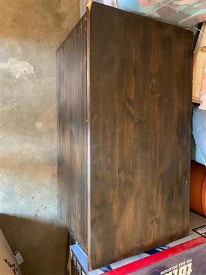Vintage wooden kist for sale