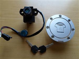 Lock set with keys for Honda - tank cap, ignition, seat lock.