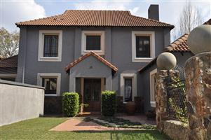 5 BEDROOM HOUSE TO LET ON THE IRENE GOLF COURSE IN CENTURION