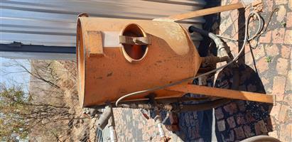 Sandblasting equipment