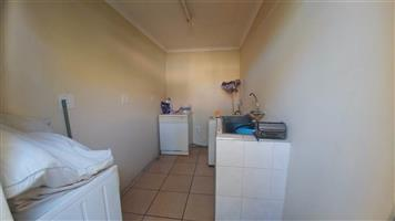 Turfontein 3bedroomed house to rent for R6950