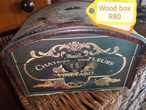 Wooden vineyard box for sale