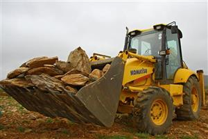 Front end loader training course, theory and practicals plus certificate and operators license for info information call/whatsapp 076 847 2383.