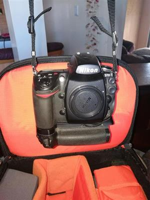 Nikon D700 Camera with accessories