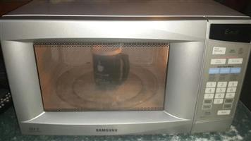 Sumsung siver microwave 30ltrs