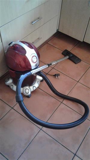 Genesis Water Filtration Vacuum Cleaner