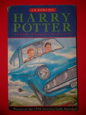Harry Potter And The Chamber Of Secrets - JK Rowling - Paperback - Book 2.