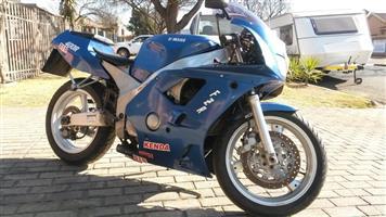 1990 Yamaha FZR