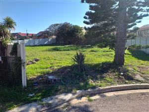 Vacant land Aston Bay for sale