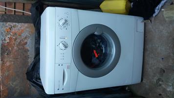 AEG Lavamat 1100 Front loader