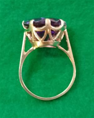 Gold Ring Amethyst