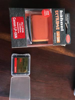 Canon Battery & Compact flash card