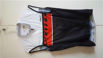 Scott cycling mens sleeveless top. New. Size L