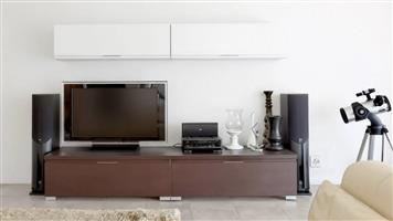 !!DEMO CLEARANCE SALE!! Imported Italian manufactured TV unit