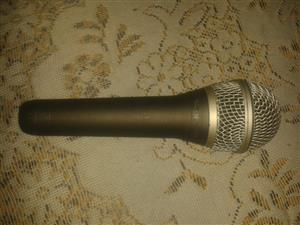 Samson Q8 Microphone