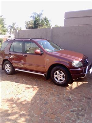 2001 Mercedes Benz ML 350