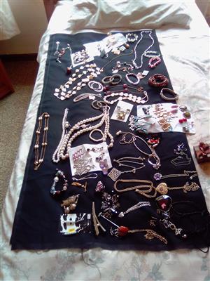 Juwele te koop