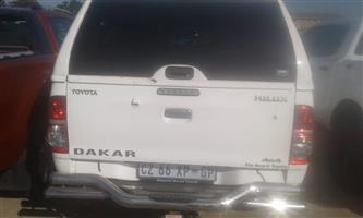 I have the following Dakar Toyota double cab set for sale all chrome. Front nudge bar, two times side steps, rear bumper step with tow bar. Also a white steel top canopy with central lock