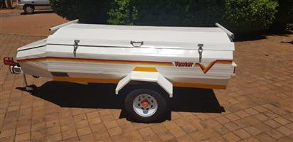 Venter 7vt trailer with nose cone and rear hatch