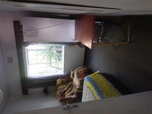 Furnished room to let for single individual for R4000 in Sanddrift Milnerton