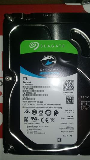 1, 2 and 4 TB 3,5 SATA external, surveillance type Seagate Hard drives for sale. New and used.