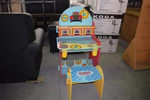 Magic prince kiddies desk and chair