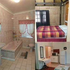 Furnished flat in Three Rivers to rent
