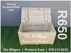 Brand New Wooden Toy Box (98 x 45 x 45 cm)