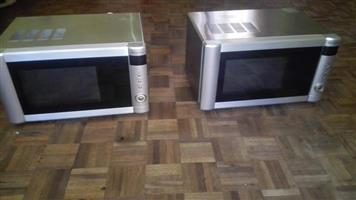25L Russel Hobbs Microwave oven/Grill