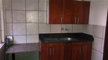 Garden Flat for rent, Onderstepoort 4 km from Veterinary University and 15 minutes'  from Medunsa.