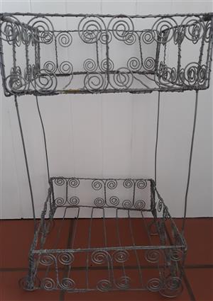 Wire Art 2-tier Basket Stand