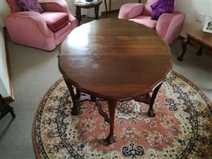 Drop-leaf Imbuia 4-Seater Dining room Table