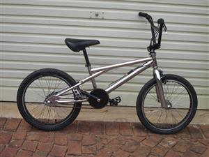 Diamondback Skindog full freestyle BMX