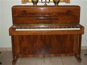 Piano Upright Danemann 1960s