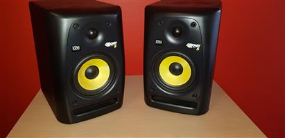 Professional Studio Monitors