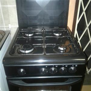 4 burner gas stove like new for sale