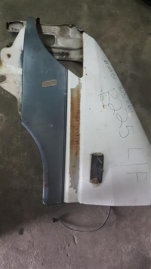 Mercedes Sprinter 313 CDI left front fender for sale.