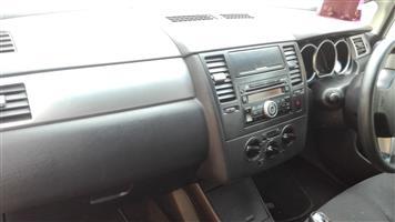 2009 Nissan Tiida hatch 1.6 Visia+