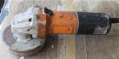 Black and Decker small angle grinder S031447B #Rosettenvillepawnshop