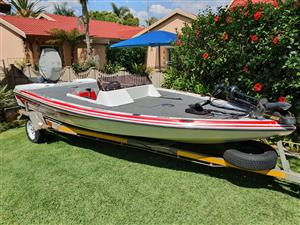 19ft Bass boat with Marriner q15, used for sale  Cullinan