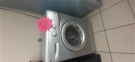 Defy Washingmachine  Automaid.