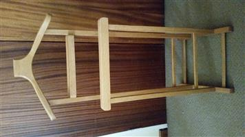 MEN'S JACKET AND TROUSER STAND.