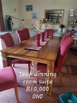 Teak 8 seater dining room suite
