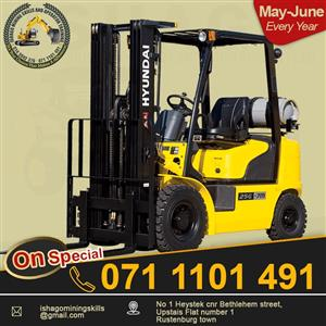 Forklift course in rusteburg/Namibia whatsap/call +27815568232