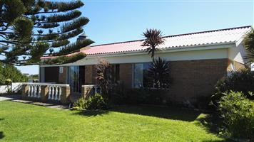 Franskraal - fully furnished home near the beach